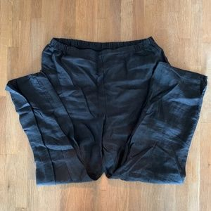 Black linen cropped trousers, size S